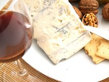 Formaggio, noci e biscotti cremosi del gorgonzola Immagini Stock Libere da Diritti