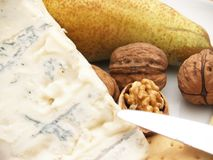 Formaggio, noci e biscotti cremosi del gorgonzola Fotografia Stock