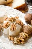 Formaggio Nuts Fotografia Stock Libera da Diritti