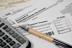 Formas de impuesto foto de archivo