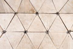 Formas de madeira do triângulo imagens de stock royalty free