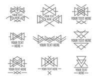 Formas geométricas monótonas del extracto con la variedad de modelo en azteca - estilo maya para la camiseta, negocio corporativo libre illustration