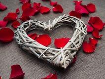Formas hermosas del corazón de la armadura de madera Imagen de archivo libre de regalías
