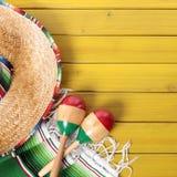 Format för fyrkant för gräns för bakgrund för Mexico cincode mayo royaltyfri bild