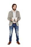 formatet för koppar för armaffärskaffe som tar engångsrymmer den horisontalisolerade mannen ut, magasinwhite Arkivbilder