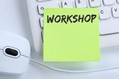Formation d'atelier apprenant les affaires d'éducation de enseignement de séminaire c Photo libre de droits