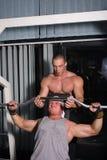 Formation de Bodybuilders Photographie stock libre de droits