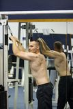 formation de gymnastique de forme physique Photographie stock libre de droits