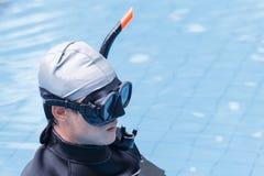 Formation de libre de plongée sur la piscine photos stock