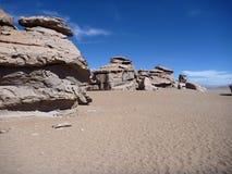 Formation de roche célèbre arbol de piedra dans le désert bolivien d'altiplano images stock