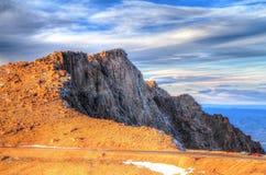 Formation de roche de chaussée de crête de Pike's à Colorado Springs, Co Photographie stock