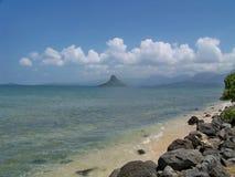 Formation de roche dans l'océan hawaïen Images libres de droits