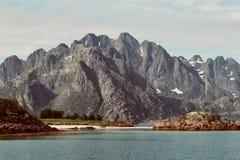 Formation de roche dans Lofoten Photographie stock libre de droits