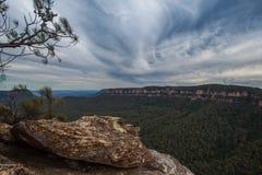 Formation de roche en montagnes bleues d'Australie image libre de droits