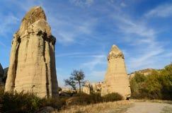 Formation de roche en vallée d'amour Cappadocia La Turquie Photographie stock