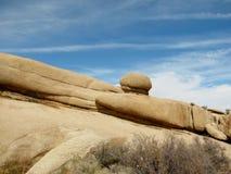 Formation de roche enorme chez Joshua Tree National Park Photos stock