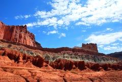 Formations colorées de roche et de grès en parc national de récif de capitol photos libres de droits