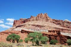 Formations colorées de roche et de grès en parc national de récif de capitol photos stock