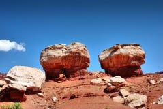 Formations colorées de roche et de grès en parc national de récif de capitol photographie stock