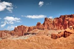 Formations colorées de roche et de grès en parc national de récif de capitol photographie stock libre de droits
