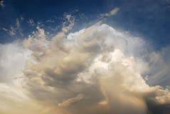Formations de nuage Images libres de droits