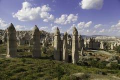Formations de roche à la vallée d'amour en Turquie Photos stock