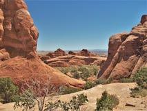 Formations de roche au parc national de voûtes en Utah Images stock