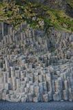 Formations de roche de basalte en Islande image stock