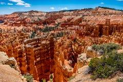 Formations de roche colorées de porte-malheur en Bryce Canyon National Park, U photographie stock libre de droits