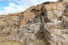 Formations de roche dans la région des banques de la rivière du sud d'insecte Mygiya l'ukraine Photos stock