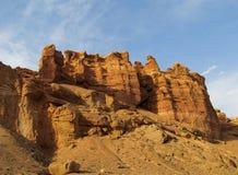 Formations de roche de pierres sèches rouges et jaunes Photos stock