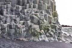 Formations de roche de Reynisfjara photographie stock libre de droits
