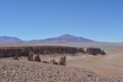 Formations de roche de Salar de Tara dans le désert d'Atacama, Bolivie Image stock