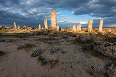 Formations de roche de phénomène en Bulgarie autour de kamani de Varna - de Pobiti Endroit national de tourisme image libre de droits