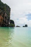 Formations Phra Nang, plage de Railay, Krabi, Thaïlande de pierre de chaux photos stock