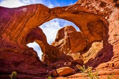 Formations scéniques de grès des voûtes parc national, Utah, Etats-Unis Photos stock
