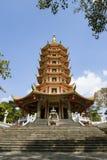 Formato vertical de la pagoda china Foto de archivo