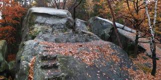 Formazione della montagna di Kralky in colline vrchy di Hostynske Fotografia Stock