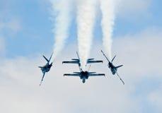 Formazione di angeli blu fotografia stock