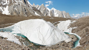 Formazione di ghiaccio del ghiacciaio di Baltoro fotografia stock libera da diritti