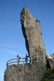 Formazione rocciosa alta sulla scogliera Immagini Stock