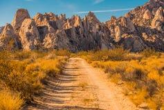 Formazione rocciosa del deserto del Mojave fotografie stock