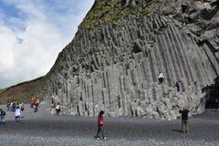 Formazione rocciosa di Reynisdrangar in Vik i Myrdal Immagini Stock Libere da Diritti