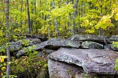 Formazione rocciosa glaciale a vietare il parco di stato Immagine Stock