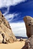 Formazione rocciosa laterale dell'oceano Cabo San Lucas, Messico Immagine Stock