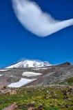 Formazione sconosciuta della nuvola in supporto Rainier National Park, Washingt Fotografia Stock Libera da Diritti