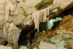 Formazioni geologiche in caverna di Phraya Nakhon thailand fotografia stock