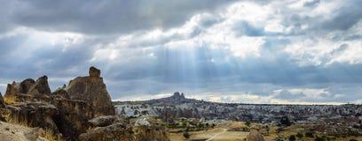 Formazioni geologiche di bellezza in Cappadocia, Turchia immagini stock