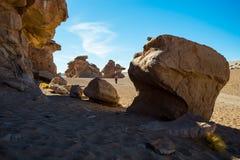 Formazioni rocciose intorno a Arbol de Piedra, deserto di Siloli, Bolivia fotografia stock