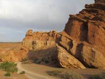 Formazioni rocciose nel parco nazionale di Charyn del canyon (Sharyn) Immagine Stock Libera da Diritti
